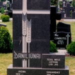 l_daniliunai-monument