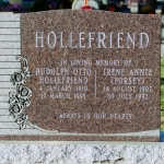 hollefriend-memorial_0